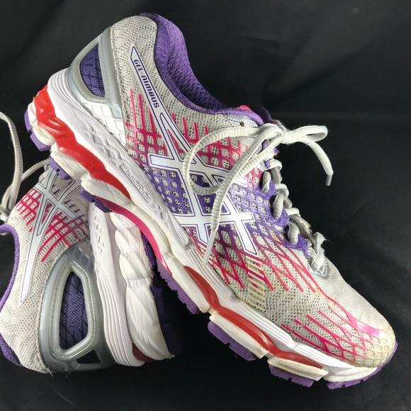 Asics Shoes   Mint Condition Gelnimbus